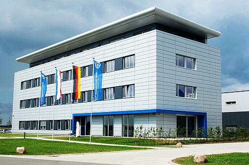 Oberaigner Automotive Montagestandort Laage, Deutschland